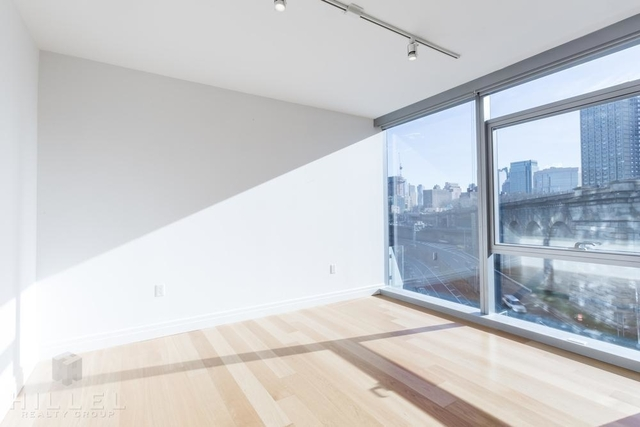 1 Bedroom, DUMBO Rental in NYC for $4,440 - Photo 2