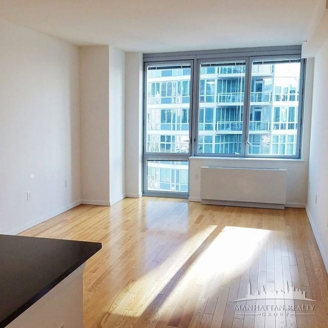 Studio, Hunters Point Rental in NYC for $2,497 - Photo 2
