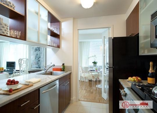 Studio, Yorkville Rental in NYC for $2,746 - Photo 2