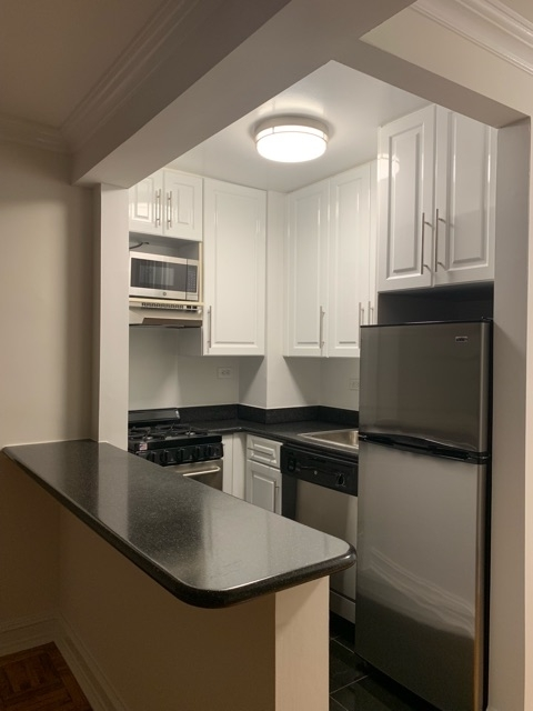 Studio, Chelsea Rental in NYC for $2,755 - Photo 1