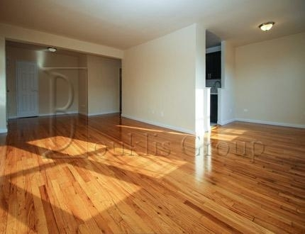 2 Bedrooms, Flushing Rental in NYC for $2,385 - Photo 2