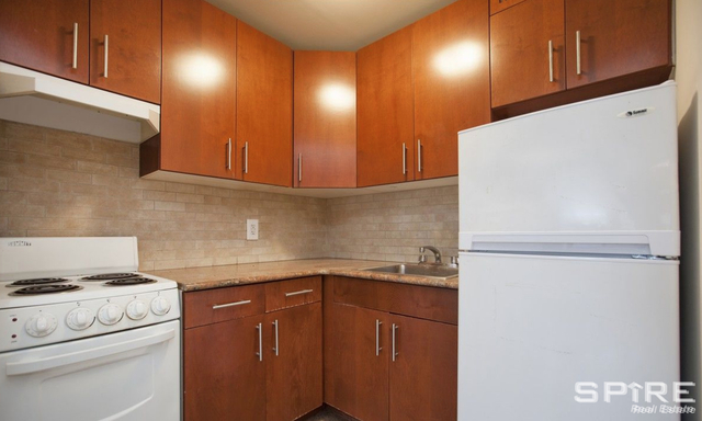 3 Bedrooms, Rose Hill Rental in NYC for $4,800 - Photo 2