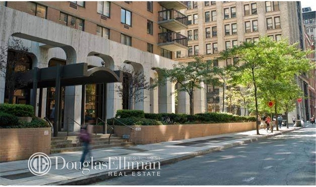 2 Bedrooms, Greenwich Village Rental in NYC for $6,295 - Photo 1