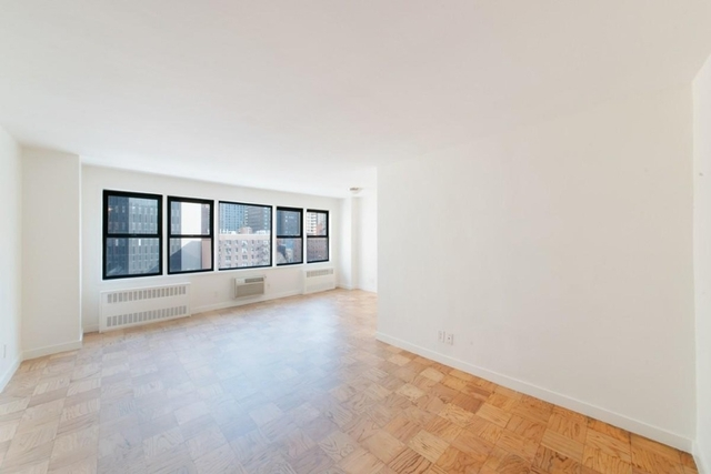 Studio at 2nd and  east 36th st  - Photo 1