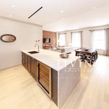 3 Bedrooms, Lenox Hill Rental in NYC for $8,098 - Photo 2
