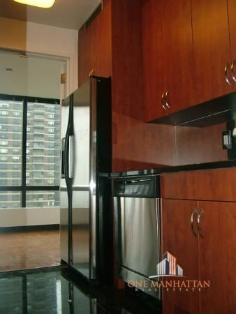 2 Bedrooms, Lenox Hill Rental in NYC for $8,500 - Photo 2