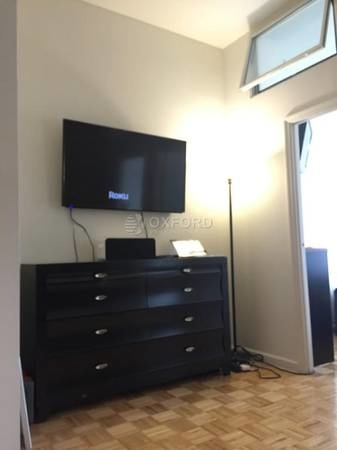 Studio, Battery Park City Rental in NYC for $2,998 - Photo 2