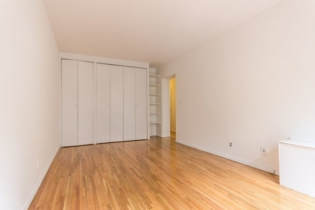 2 Bedrooms, Theater District Rental in NYC for $3,495 - Photo 2