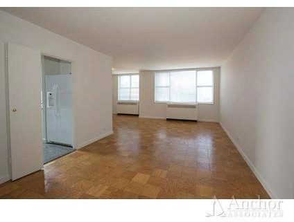 2 Bedrooms, Yorkville Rental in NYC for $4,791 - Photo 2