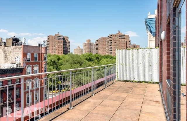 1 Bedroom, Two Bridges Rental in NYC for $3,989 - Photo 1