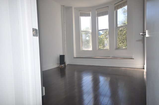 2 Bedrooms, East Williamsburg Rental in NYC for $2,722 - Photo 2