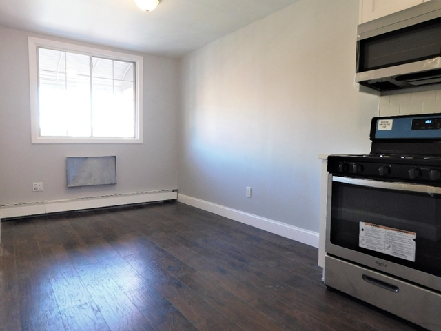Room, Flatbush Rental in NYC for $1,100 - Photo 2