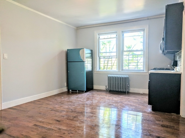 3 Bedrooms, Jackson Heights Rental in NYC for $2,299 - Photo 2