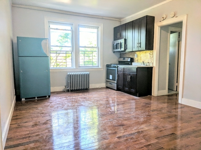 3 Bedrooms, Jackson Heights Rental in NYC for $2,299 - Photo 1