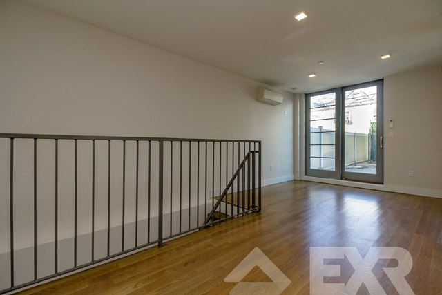 1 Bedroom, Bushwick Rental in NYC for $2,900 - Photo 2