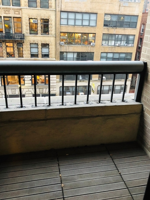 1 Bedroom, Chelsea Rental in NYC for $3,729 - Photo 2