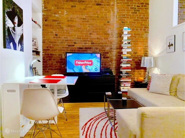 2 Bedrooms, Yorkville Rental in NYC for $2,845 - Photo 2