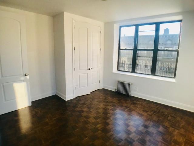 Room, Washington Heights Rental in NYC for $950 - Photo 2