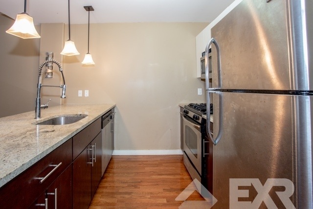 3 Bedrooms, East Williamsburg Rental in NYC for $4,049 - Photo 1