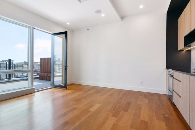 1 Bedroom, Greenpoint Rental in NYC for $2,890 - Photo 1
