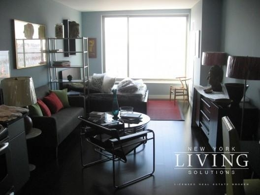 2 Bedrooms, Tribeca Rental in NYC for $5,894 - Photo 1