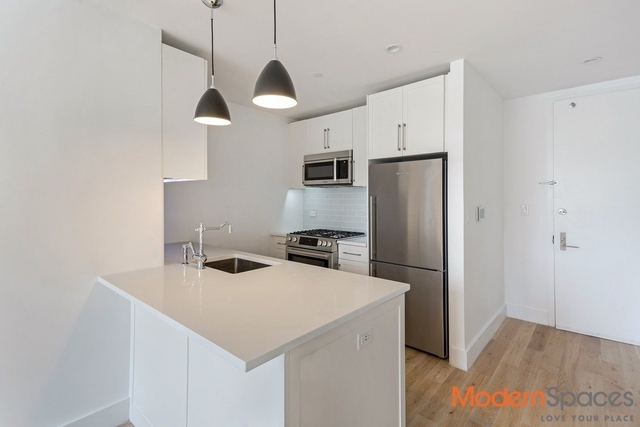 2 Bedrooms, Long Island City Rental in NYC for $3,800 - Photo 1