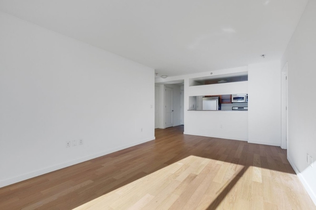 3 Bedrooms, Theater District Rental in NYC for $4,980 - Photo 2