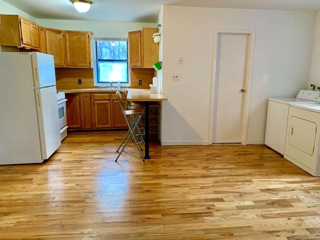 1 Bedroom, South Slope Rental in NYC for $2,199 - Photo 1