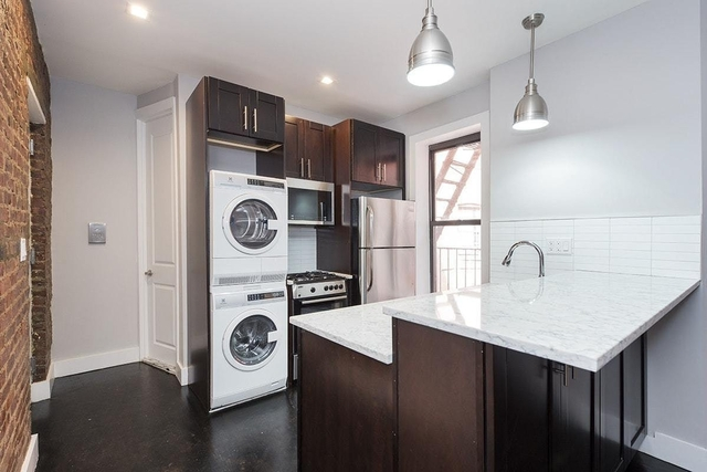 2 Bedrooms, Borough Park Rental in NYC for $2,175 - Photo 1