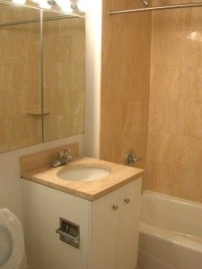 3 Bedrooms, Tribeca Rental in NYC for $6,325 - Photo 2