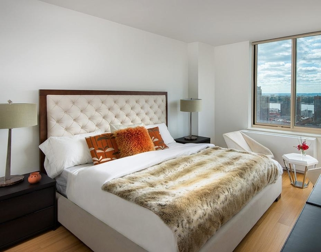 2 Bedrooms, Theater District Rental in NYC for $3,596 - Photo 1