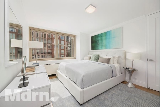 3 Bedrooms, Yorkville Rental in NYC for $13,929 - Photo 2