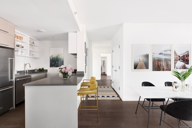 3 Bedrooms, DUMBO Rental in NYC for $7,815 - Photo 2