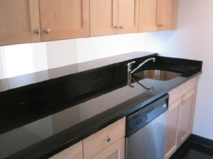 2 Bedrooms, Yorkville Rental in NYC for $6,213 - Photo 2