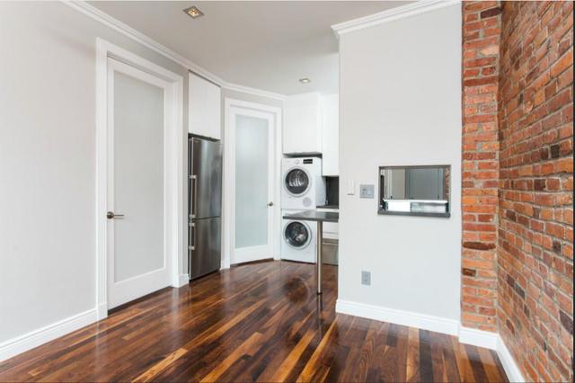 2 Bedrooms, NoLita Rental in NYC for $4,795 - Photo 2