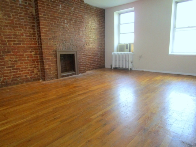 3BR at West 47th Street - Photo 1
