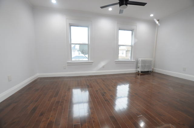 3 Bedrooms, Richmond Hill Rental in NYC for $2,550 - Photo 1