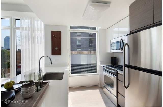 1 Bedroom, Sunnyside Rental in NYC for $3,395 - Photo 2