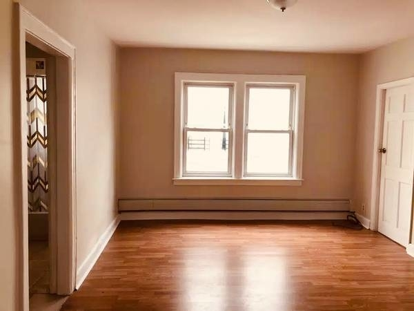3 Bedrooms, Jamaica Rental in NYC for $2,100 - Photo 1