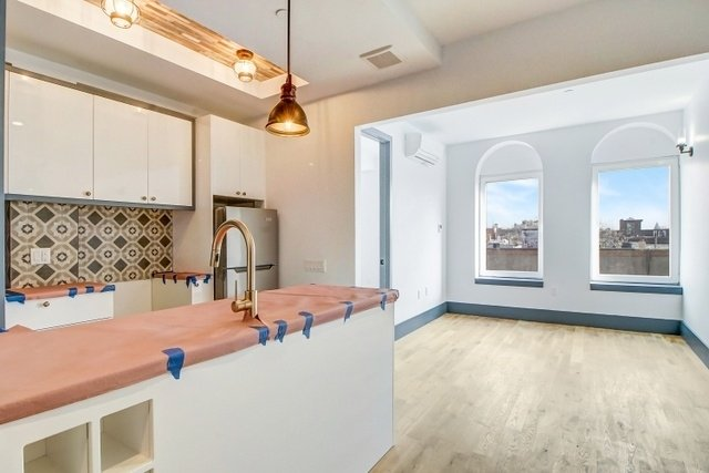 1 Bedroom, Bushwick Rental in NYC for $2,270 - Photo 1