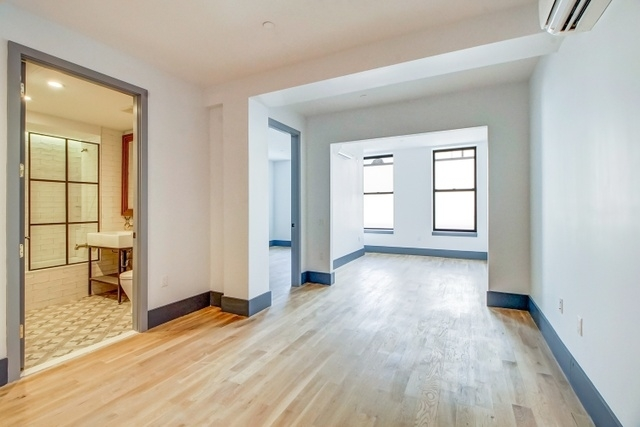 1 Bedroom, Bushwick Rental in NYC for $2,270 - Photo 2
