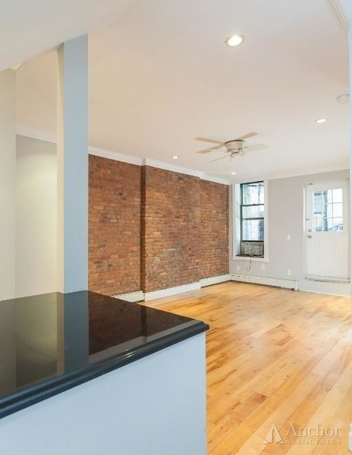 2 Bedrooms, Alphabet City Rental in NYC for $3,933 - Photo 2