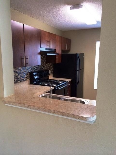 1 Bedroom, Forest Hills Rental in Miami, FL for $1,160 - Photo 2