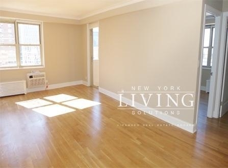 2 Bedrooms, West Village Rental in NYC for $5,350 - Photo 2