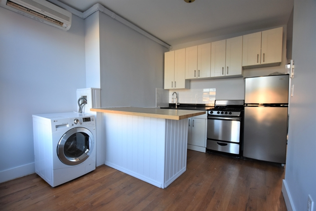 2 Bedrooms, Greenpoint Rental in NYC for $2,715 - Photo 2