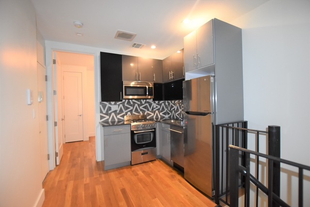 2 Bedrooms, Downtown Brooklyn Rental in NYC for $2,800 - Photo 1
