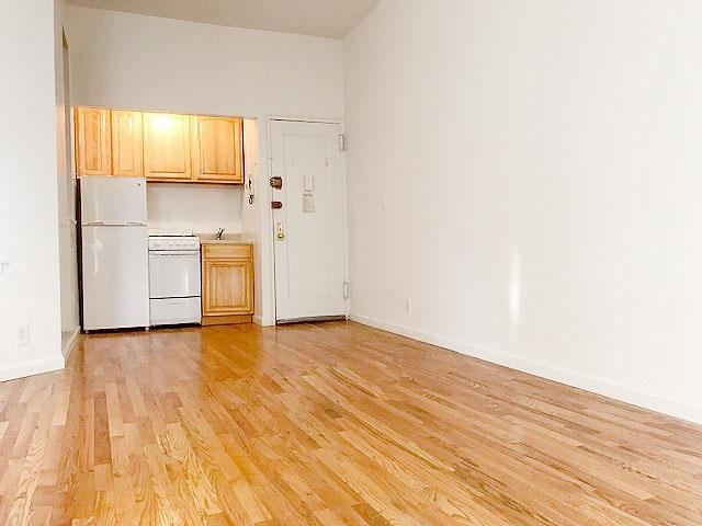 1 Bedroom, Upper West Side Rental in NYC for $2,115 - Photo 2