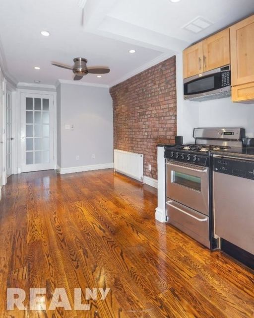 3 Bedrooms, East Village Rental in NYC for $4,650 - Photo 1