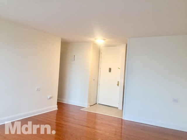 2 Bedrooms, Manhattanville Rental in NYC for $2,850 - Photo 2