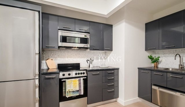 3 Bedrooms, Financial District Rental in NYC for $4,499 - Photo 1